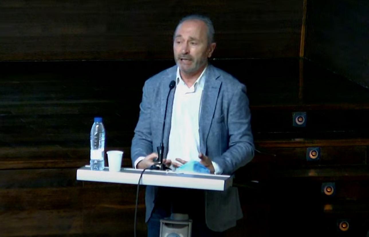 """Conferencia """"Otras consecuencias del COVID-19: menos niños y menos ciencia"""", D. Ignacio Santiago Álvarez Miguel."""